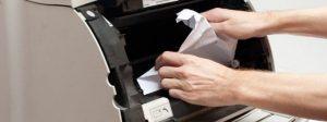 5 truques para economizar muito nas suas impressões - Atolamento de papel - Printloja