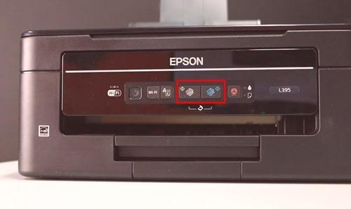 aperte os dois botões ao mesmo tempo na impressora epson l395 pra iniciar a digitalização.