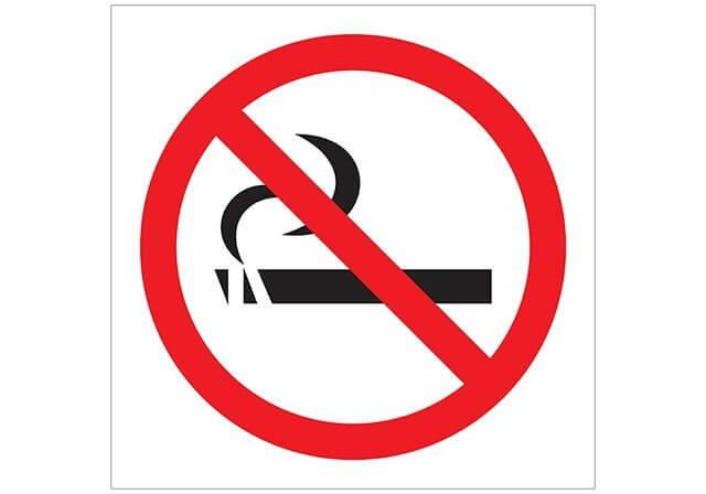 2. Placa de proibido  fumar clássico.