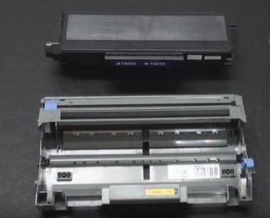 1) Fontocondutor e toner separado da impressora