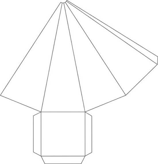 Cone com Base de Quatro Faces para Decoração